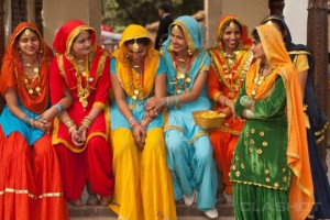 Reji 2 beautiful ladies in colorful attire 3-incredible-india-colorful-women.preview